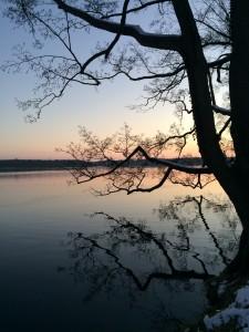 Solen var ofte ved at gå ned, når vi nåede forbi søen